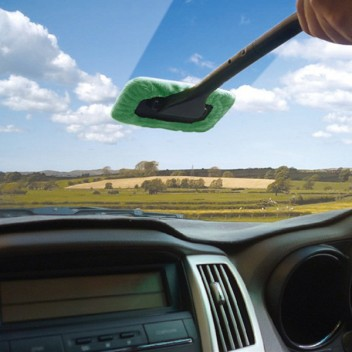 Image for Windscreen Wonder - Long Reach Cleaner